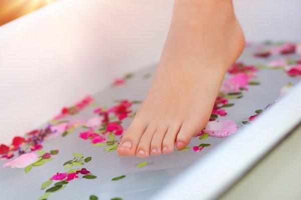 足が臭いのはなぜ??女性