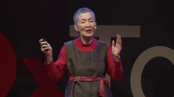 81歳 おばあちゃん iPhoneアプリ「hinadan(ひなだん)」