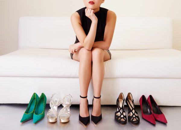 足が臭いのはなぜ??女性 靴