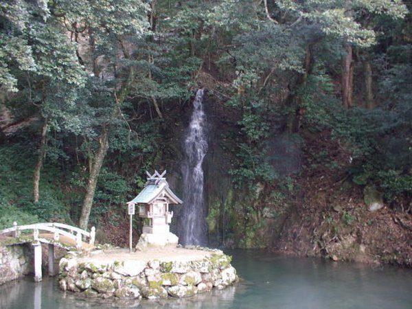 亀の尾の滝 パワースポット