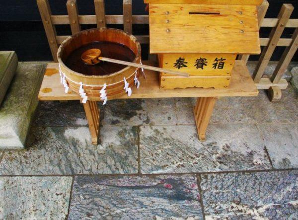 三峯神社 龍神が浮かび上がってきます