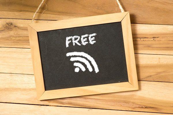 無料 Wi-Fi 通信費節約術