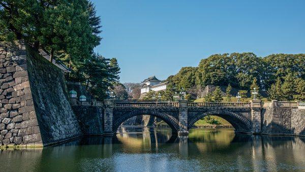 皇居正門石橋と二重橋濠 パワースポット