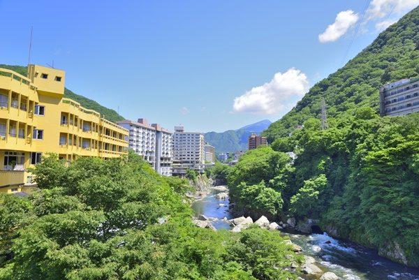 鬼怒川温泉と新緑