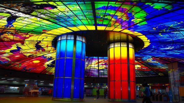 台湾 高雄美麗島駅
