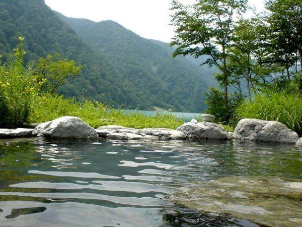 白川露天風呂