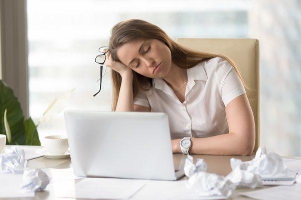 30代女性 睡眠不足