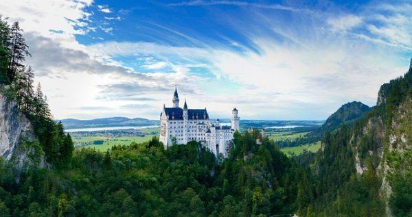 ドイツ旅行はメルヘンの世界へタイムトリップ!おすすめのドイツのお城8選